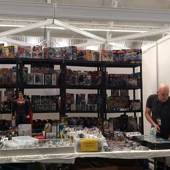 131 Photos From London Super Comic Con Today…