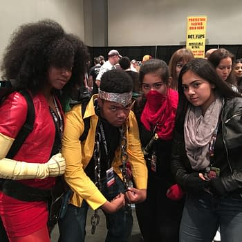 NYCC 2017 Saturday Cosplay: Defenders X-Men DBZ Pennywise And Scott Snyder