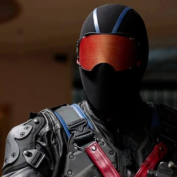 Arrow Co-Showrunner Blows Away Most Of The Vigilante Theories