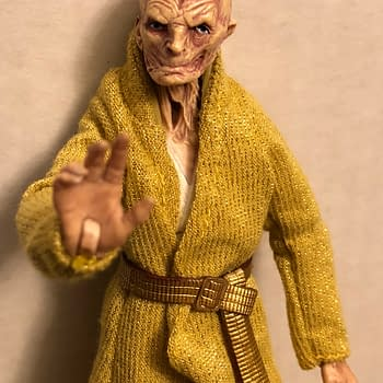 Snoke Deluxe Star Wars Black Series Figure Ultimately Disappoints