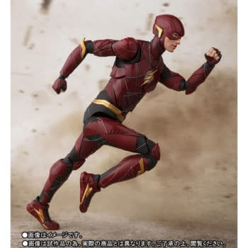 Superman And The Flash Race Each Other For S.H. Figuarts Supremacy