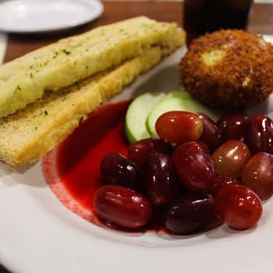 Nerd Food: The Tune-In Lounge Inside Disney's Hollywood Studios