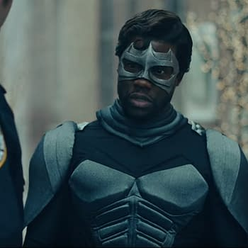Kevin Hart Gets His Superhero on for Saturday Night Live