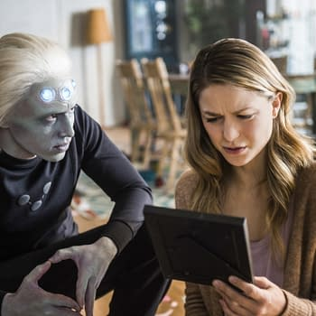 Supergirl Season 3: Brainiac 5 Introduces Himself to Kara