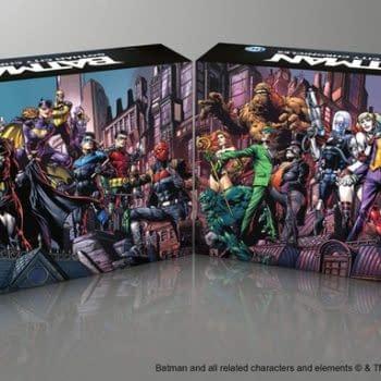 Batman: Gotham City Chronicles Raises Over A Million Dollars in its First Hour on Kickstarter