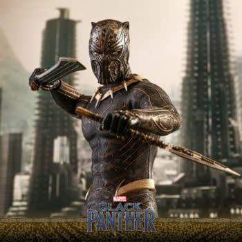 Hot Toys Black Panther Erik Killmonger 12