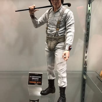 [New York Toy Fair] Mezco Pics Galore- Living Dead Dolls, One:12 Collective,  and more!