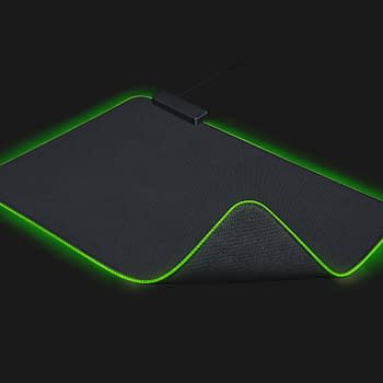 Gaming in the Dark: We Review the Razer Goliathus Chroma Mouse Mat