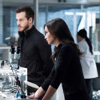 Supergirl Season 3: Saturn Girl on How Not to Avoid a Panic