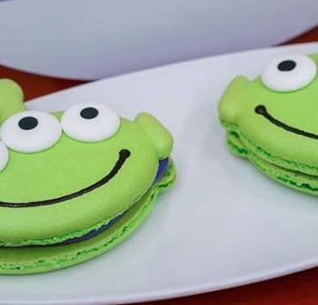 Nerd Food: The Alien Macarons from Disneylands Pixar Fest