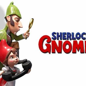 Elton John Presents Sherlock Gnomes at the London Gala Premiere (VIDEO)