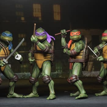 Teenage Mutant Ninja Turtles (1990) Gets the Ultimate SDCC Exclusives from NECA