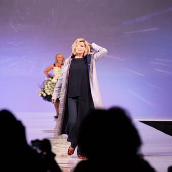 New Doctor Who Jodie Whittaker Surprises Her Universe Fashion Show at SDCC