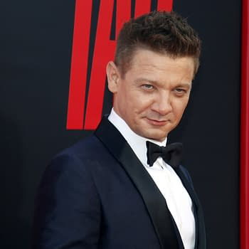 Jeremy Renner Joins Blumhouses Spawn Directed by Todd McFarlane