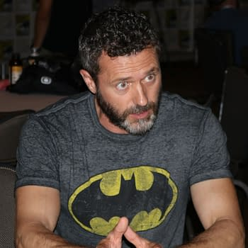 Jason OMara on How He Keeps His Batman Performance Genuine – SDCC Death of Superman Premiere