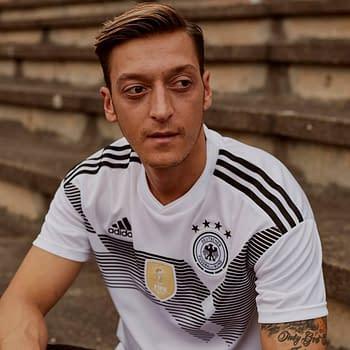 Arsenals Mesut Özil is Starting His Own FIFA 19 Esports Team