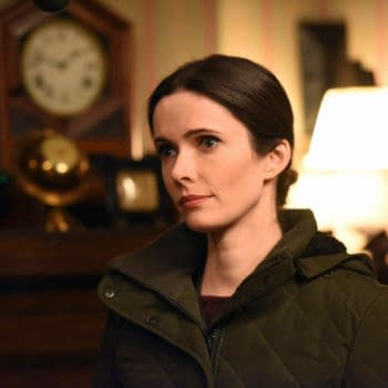 The Arrowverse Crossover Has Cast Elizabeth Tulloch as Lois Lane