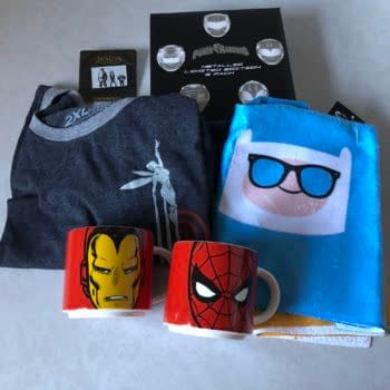 What's in the Box?!: Loot Crate DX – July 2018