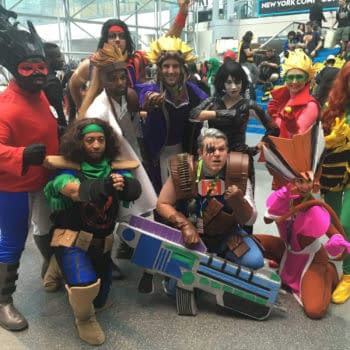 269 NYCC Cosplay Shots – From A 90s X-Force to a Topless Lady Deadpool