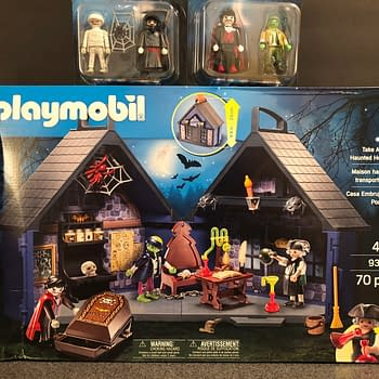 Playmobil Take Along Haunted House is a Halloween Must-Have