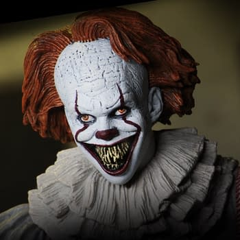 Pennywise Gets a New Figure From NECA in Early 2019