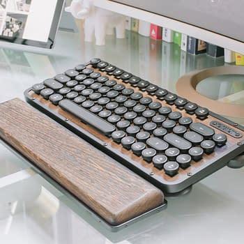 Review: AZIO R.C.K. Vintage Typewriter Keyboard