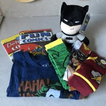 What's In The Box?!: Loot Crate DX – December 2018