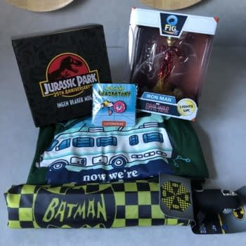 What's In The Box?!: Loot Crate DX – November 2018