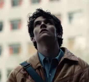 Black Mirror: Bandersnatch &#8211 Netflix Takes Viewers Behind the Scenes (VIDEO)