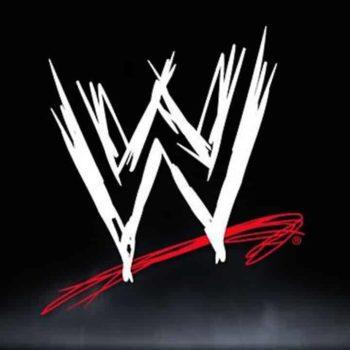 WWE: Peyton Royce Makes Racially Insensitive Tweet to Naomi