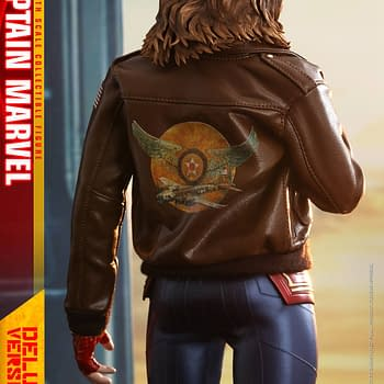 Captain Marvel Gets Two Hot Toys Releases Including One With Goose