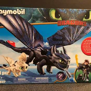 Lets Take at Playmobils Newest Version of Toothless From How to Train Your Dragon