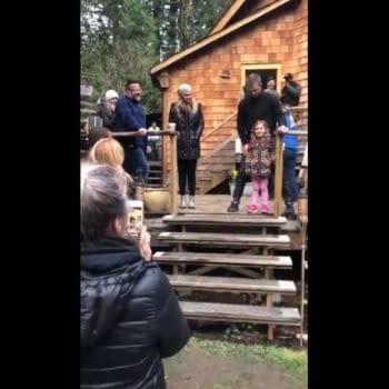 "'Arrow': Watch Stephen Amell's Daughter Sing ""A Million Dreams"" for Emily Bett Rickards [VIDEO]"