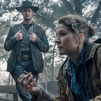 Fear the Walking Dead Star Jenna Elfman: Messed Up Stuff in Season 6