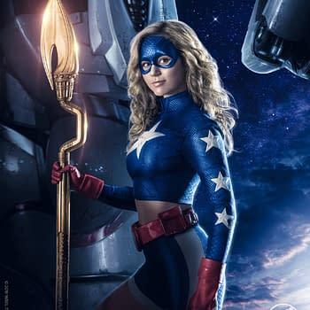 Stargirl: DC Universes New Key Art Definitely Emphasizes Star In Title