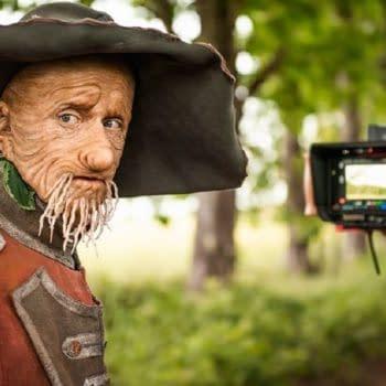 """""""Worzel Gummidge"""": MacKenzie Crook Plays Talking Scarecrow in New BBC Children's Series"""