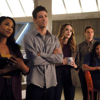 """""""The Flash"""" Season 6 Premiere """"Into the Void"""" Wastes No Time Getting Up to Speed [PREVIEW IMAGES]"""