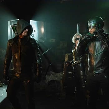 Arrow Season 8: Stephen Amell on Oliver Not Approaching Crisis Alone [PREVIEW]