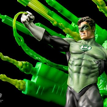 Green Lantern Brings The Willpower In New XM Studios Statue