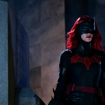 Batwoman: Kate Kane Finally Gets Down Down Down In the Suit [PREVIEW]