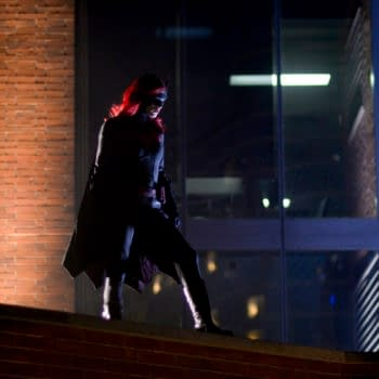 """""""Batwoman"""" Asks, """"Who Are You?"""" – and The Answer? Magpie! [PREVIEW]"""