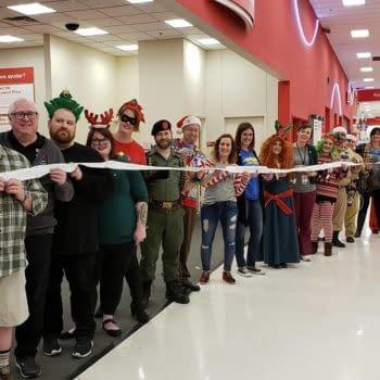 Elite Comics of Kansas Runs Toy Drive to Benefit Children's Hospitals For Thanksgiving