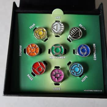 Review: GameStops Green Lantern &#8211 Lantern Corps Ring Set