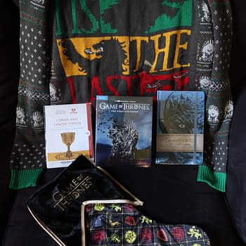 Review: Game Of Thrones Complete Series Holiday Kit