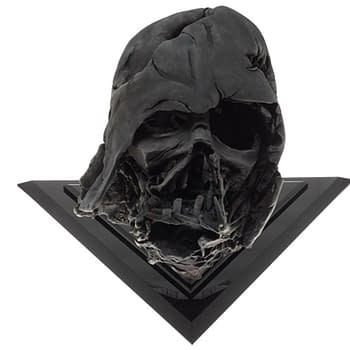 Darth Vader Pyre Helmet from The Force Awakens Gets EFX Replica