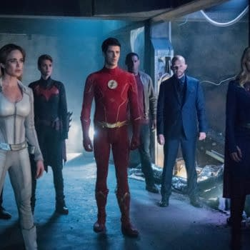 """""""Crisis on Infinite Earths: Part Four"""" Giant Stakes, Big Cameos, and Huge Climactic Battle Fitting Goodbye for """"Arrow"""" Amell [SPOILER REVIEW]"""