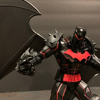 Lets Take a Look at The McFarlane Toys DC Multiverse Hellbat Figure