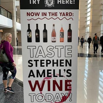 Stephen Amells Wine and DC Comics Set-Up the Night Before C2E2