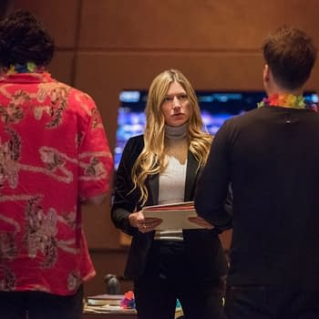 DCs Legends of Tomorrow Season 5 A Head of Her Time: Sara Makes Ava Interim Captain &#8211 No Pressure [PREVIEW]