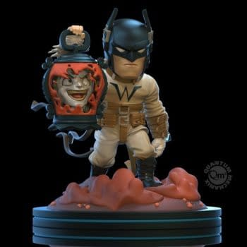 Batman is the Light Knight with New Quantum Mechanix Figure